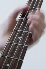 how to play free hand advanced guitar